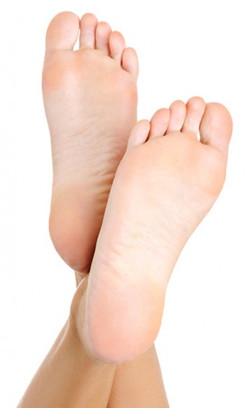 A pair of feet in need of a podiatrist in Glen Iris and Malvern East
